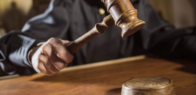 Tribunal anula fallo en el caso de John MacArthur que le daba el derecho a reunirse con la iglesia